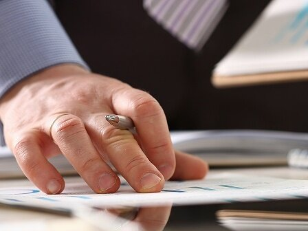 An online estimate for a title loan quote lets you see what the monthly payment will be.